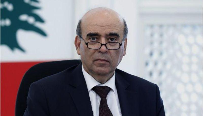 استقالة وزير الخارجية المعلّقة؟