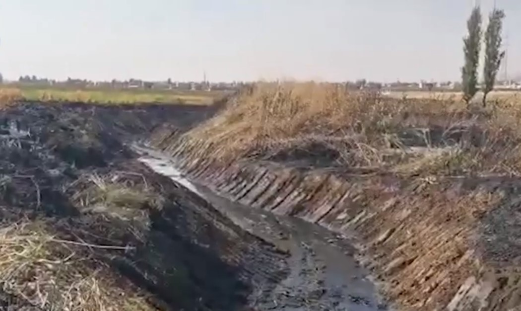 """معركة تطبيق قانون المياه تبدأ من محافظة بعلبك-الهرمل: مصلحة الليطاني تلزم """"ألبان لبنان"""" بتنظيف النهر"""