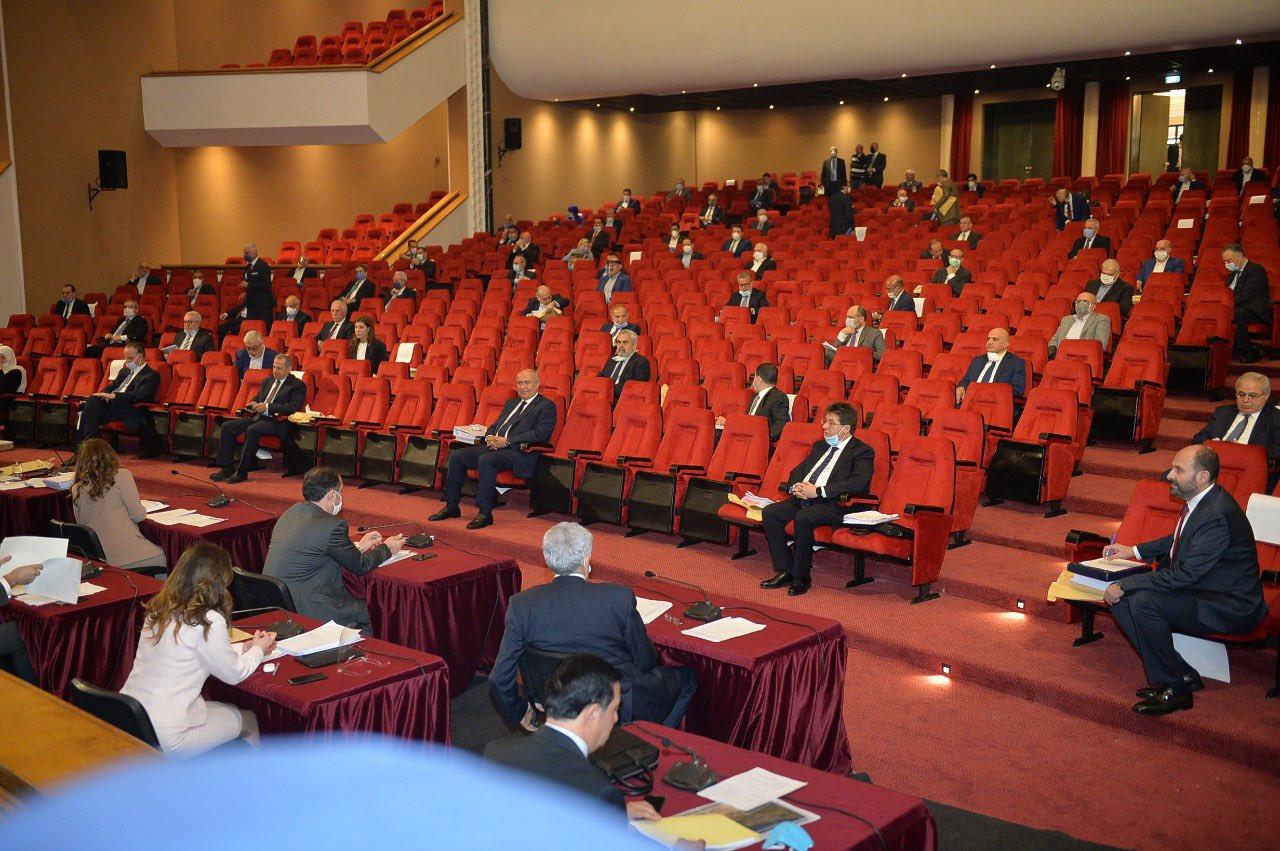 """ماذا يناقش المجلس النيابي في جلسة 29 آذار 2021؟ محاربة العتمة بحلم """"استرداد المال المنهوب"""""""