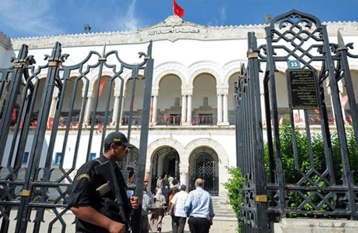 الإضرابات تشلّ المحاكم التونسية: سؤال عن الحقوق الاجتماعية وآخر عن حقّ التقاضي