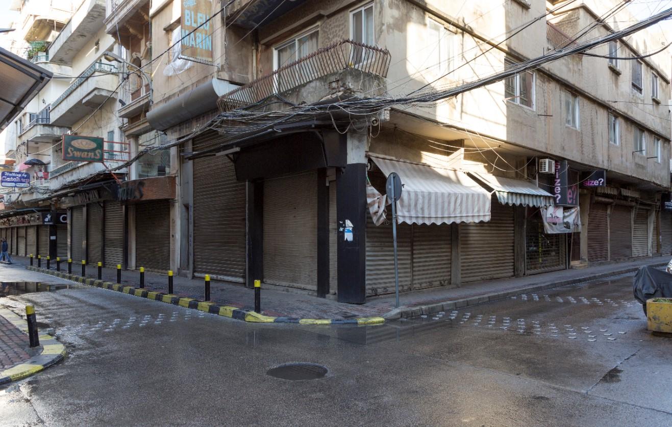 الصّرف متواصل على قدم وساق والحكومة تتفرّج: مليون لبناني فقدوا وظائفهم أو يعملون بنصف راتب أو بلا ضمانات
