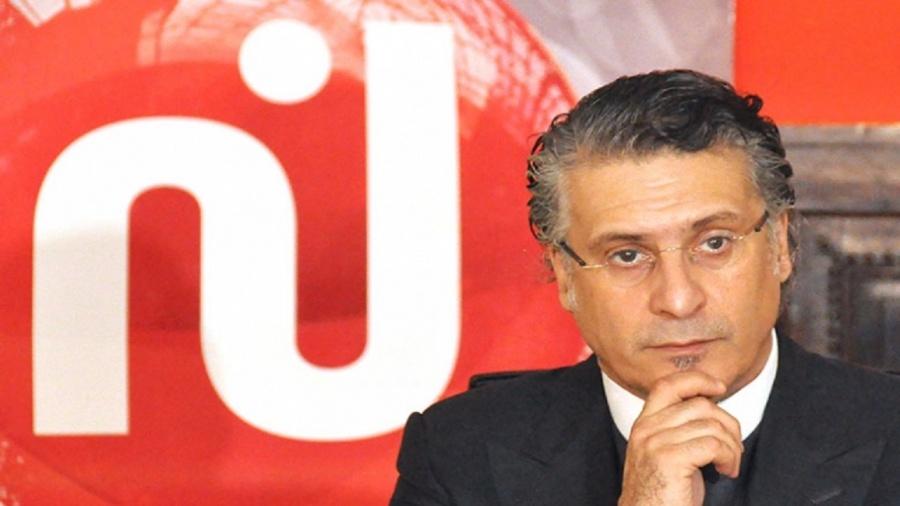 الإعلام المُهيمن في تونس والطريق إلى الثراء والسجن