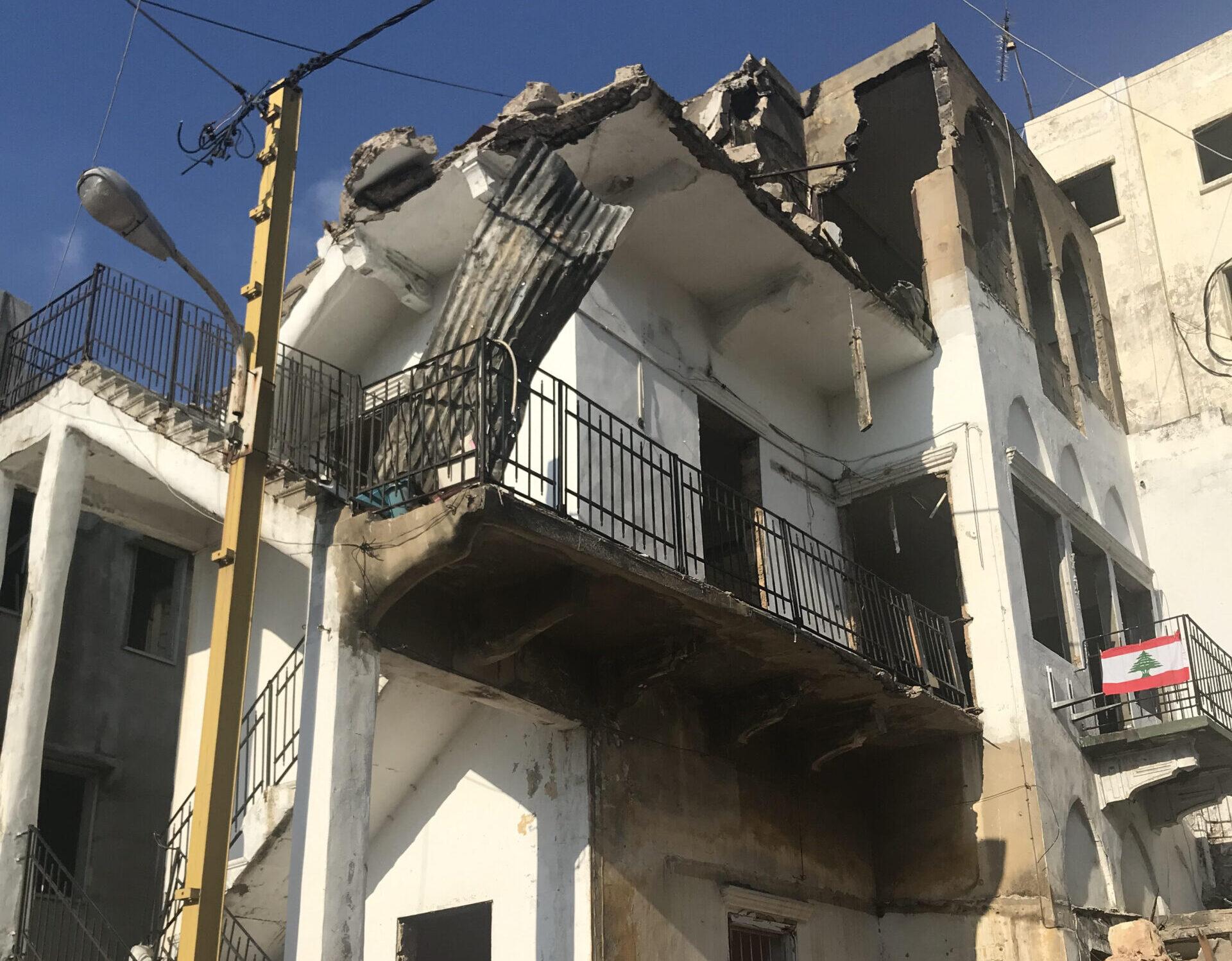 """أي مستقبل ينتظر الكرنتينا بعد انفجار مرفأ بيروت؟ (2/3) """"لينور"""" و""""قدموس"""""""