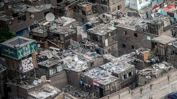 حكم قضائي مصري يلزم الحكومة بتطوير المناطق العشوائية لتلافي تشكيل بيئة متردية