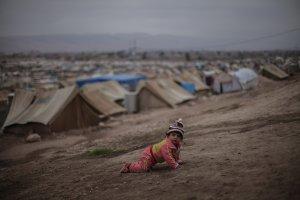 أطفال اللاجئين السوريين المولودون في لبنان يواجهون خطر انعدام الجنسية