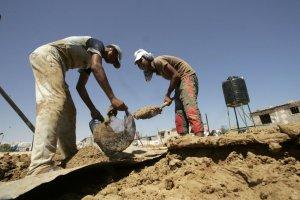 نقابة لعمال البناء في زغرتا: تجربة جديدة سعياً لتنظيم سوق العمل