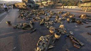 """إعلان حالة الطوارئ في تركيا: السلطة """"تنظف الدولة"""""""