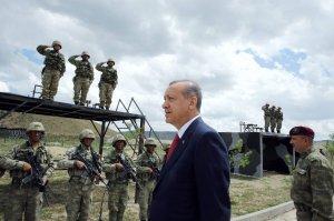 عسكر وقضاة.. تركيا الجديدة تهندس نفسها