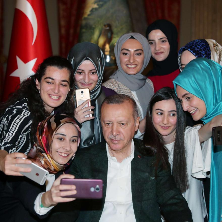 """سياسة """"إلزمي حدودكِ"""": استمرار التمييز ضد المرأة التركية"""