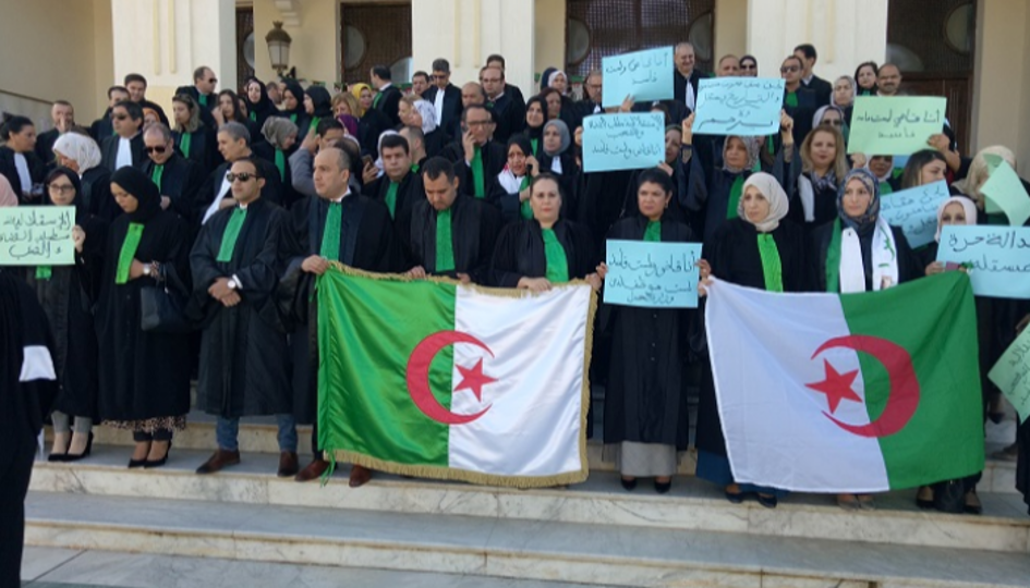 نقابة قضاة الجزائر تعارض إستئناف القضايا التي عيّن فيها محامٍ: اغتصاب لمبدأ المساواة أمام القضاء