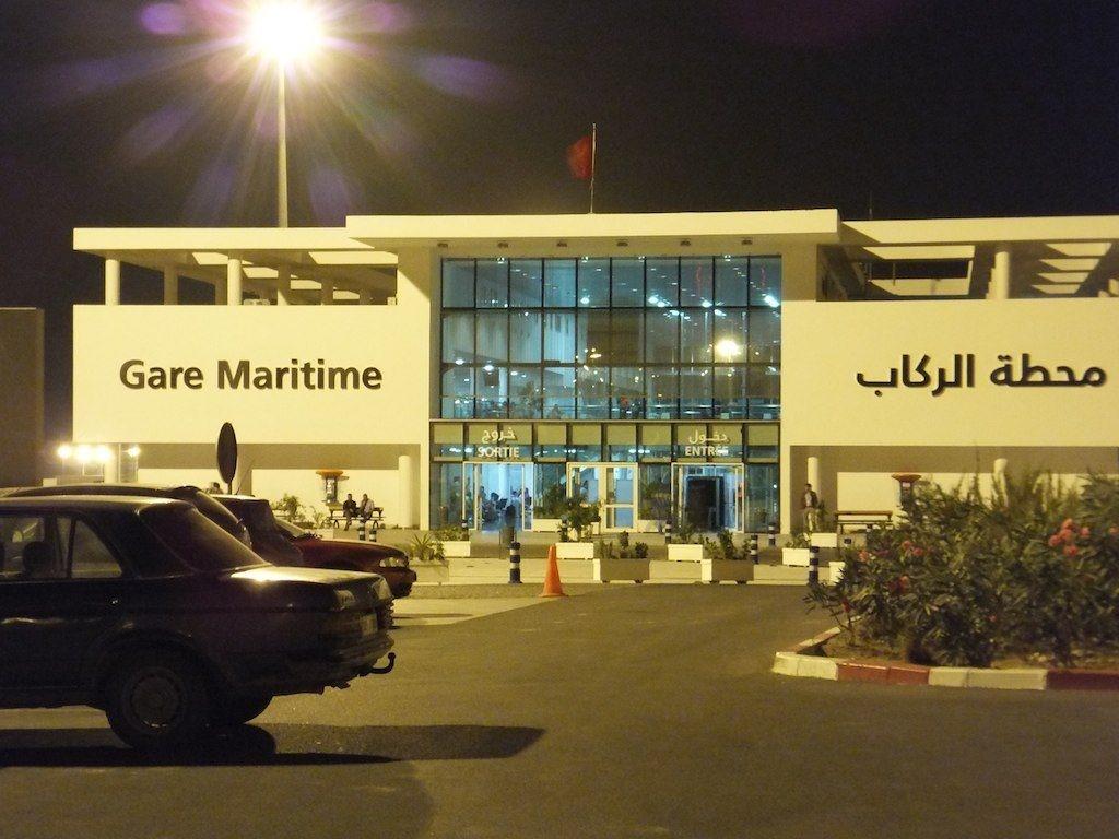 قرار لمحكمة أزرو يسهل اجراءات سفر الأجانب العالقين بالمغرب وأزواجهم