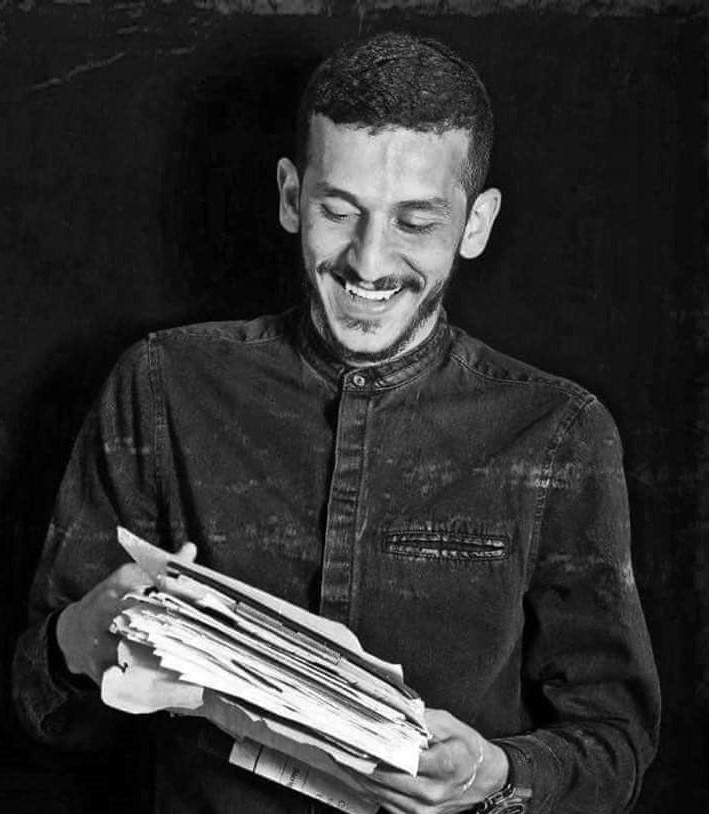 عن شاب آمن بالثورة وبحق الناس في العيش بكرامة: أسبوع على الإعتداء على بشير أبو زيد ولم يمثل المعتدون أمام القضاء