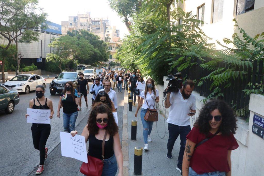 """""""الصحافة مش مكسر عصا"""": 100 اعتداء في 2020 على الصحافيين حتى الآن"""