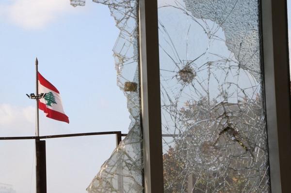 تظاهرة 8 آب: حين أتينا لنغضب فأعلنّا الحداد عالياً كانفجار المرفأ