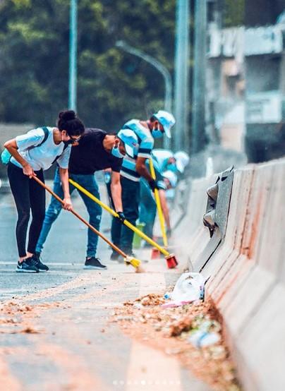 بيروت المنكوبة بعد المجزرة: ناسها يداوون جراحها