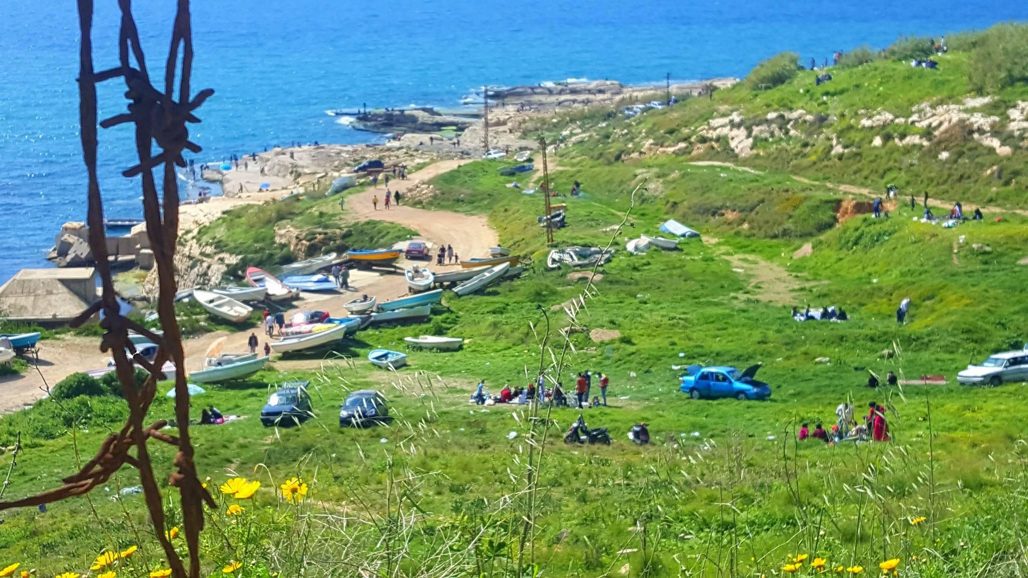 الشاطئ اللبناني.. هذا لنا وهذا لهم