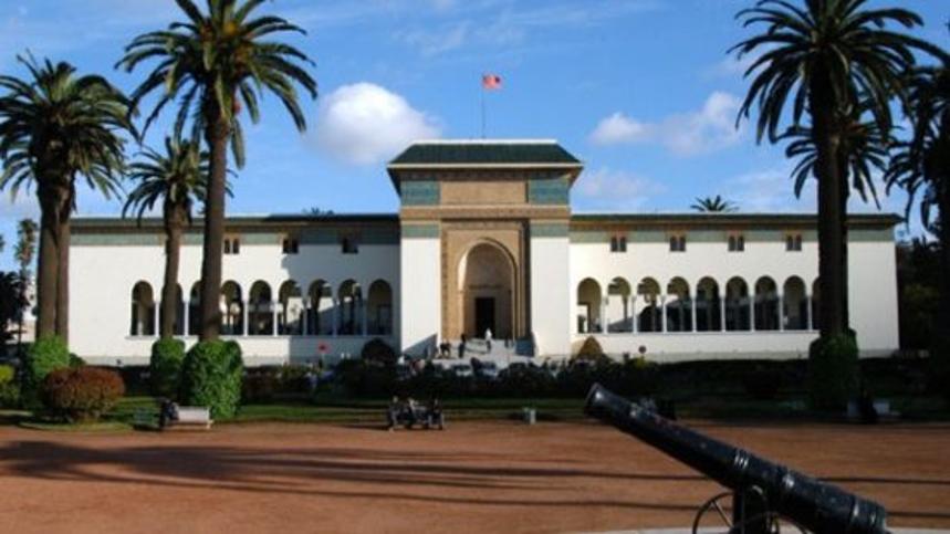 المحكمة الإدارية بالدار البيضاء تقرّ بحقّ أجنبي في الدخول إلى المغرب مع احترام الاجراءات الاحترازية لمواجهة فيروس الكورونا