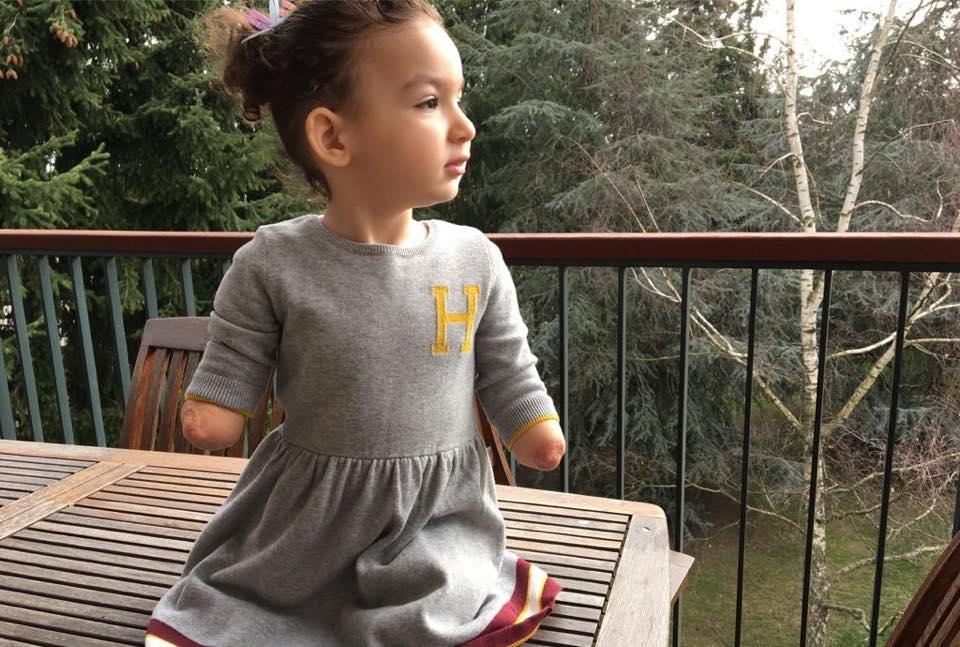 """مرافعة مؤثرّة في قضية بتر أطراف الطفلة إيلا أمام محكمة بيروت: """"ابنتي تقول أنها ستكبر وسيكون لها يدان ورجلان"""""""