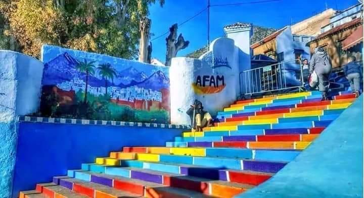 مبادرة بألوان قوس قزح تخلق جدلا واسعا بالمغرب