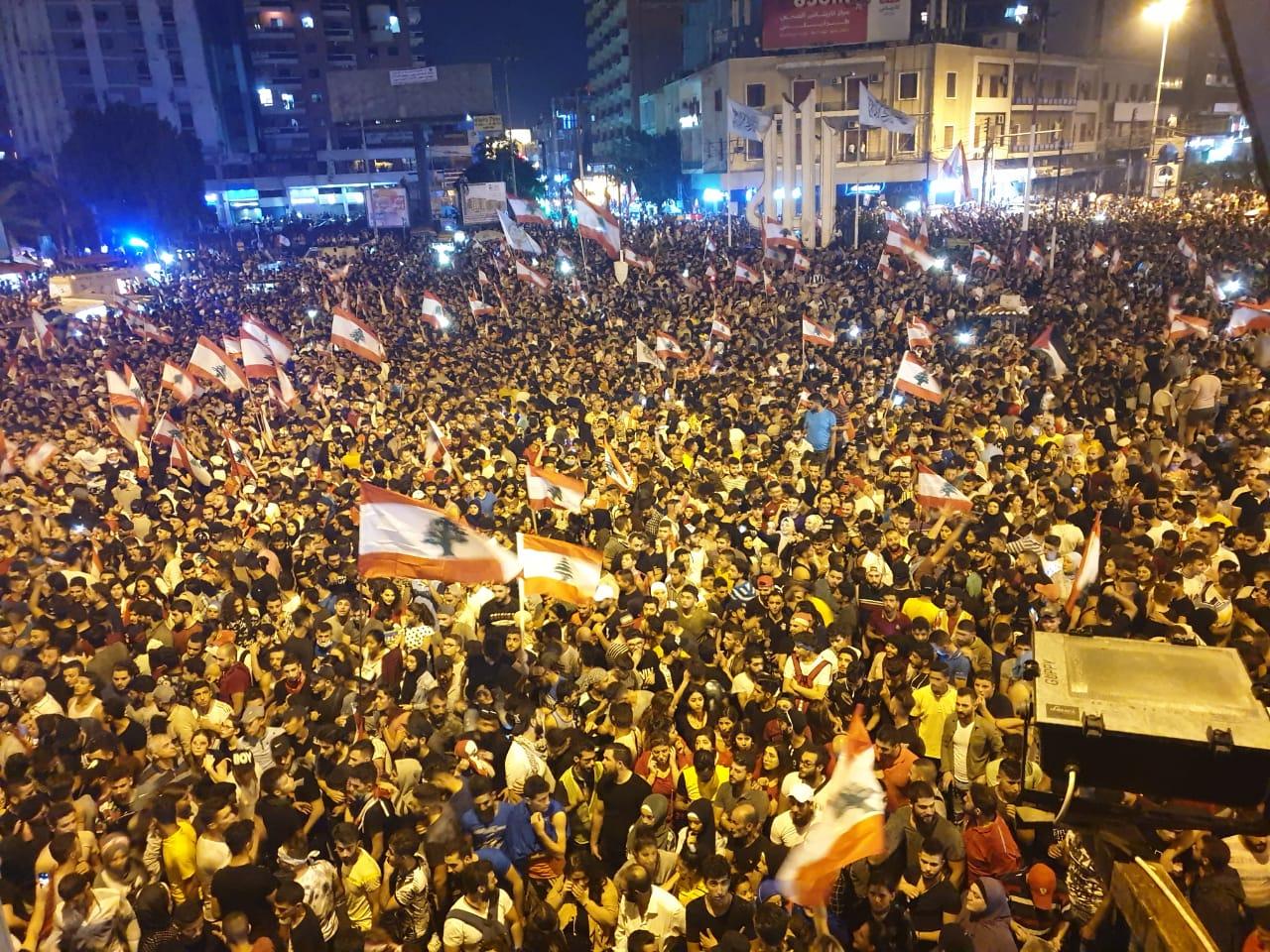 من طرابلس إلى النبطية وصور مرورا بصيدا: ثورة على الزعامات