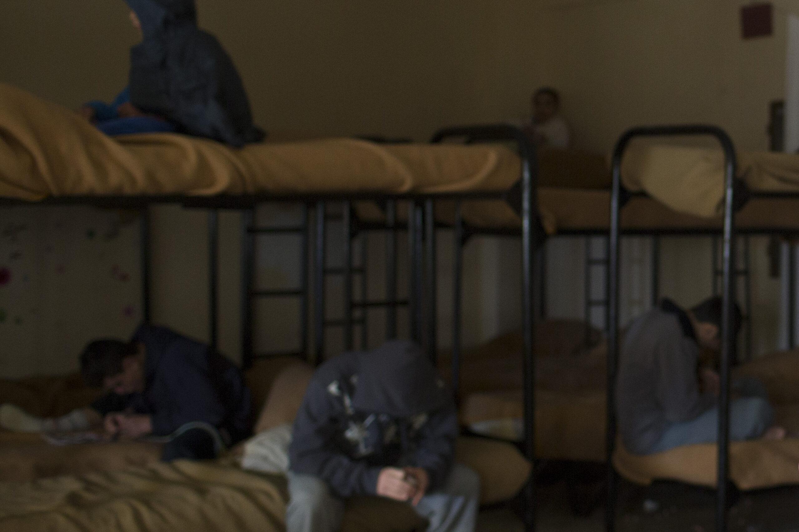 """ألف سجين ثبتَت إصابتهم بكورونا """"والله الشّافي"""""""